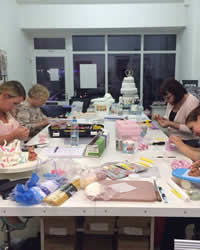 Cake Making Classes Lancashire : Home - Too Nice to Slice