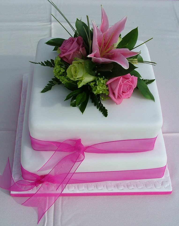Two Tiered Wedding Cakes