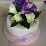 Single tier fresh flower arrabgement