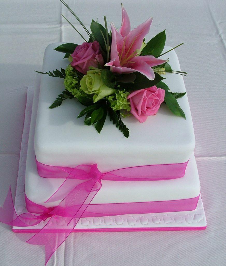 Wedding Flowers Lancashire: Two Tier Wedding Cakes
